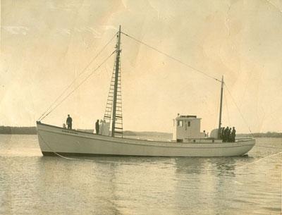 Glenn Geary Sardine carrier Sidney L Cullen